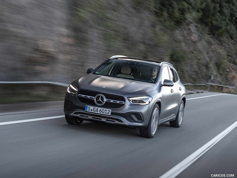 Mercedes-benz-jakarta-gla-200-2020-6.jpg