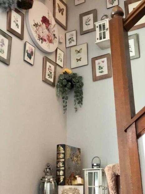 Garden House Stairway Decor