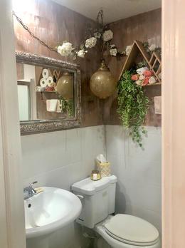 Garden Townhouse Full Bath