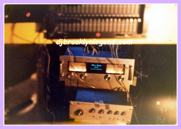 SAE Equalizer-Phase Linear 700B-GLI Preamp
