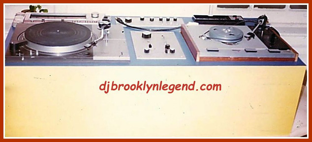 Plummer's Console-Technic 1100 And Thorens TD 125