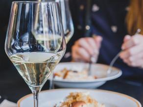 Víno v restauraci