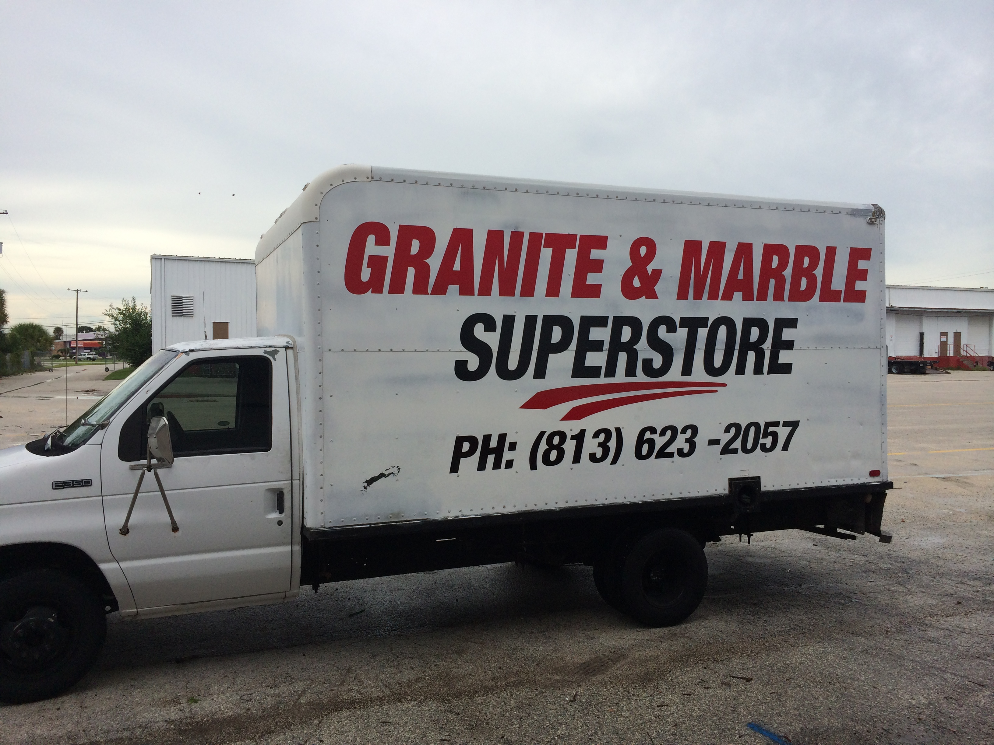H5 Graphics Box truck Graphics