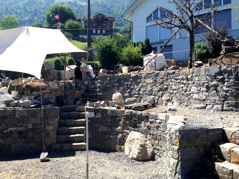 Trockenmauerprojekt KNIRI.jpg