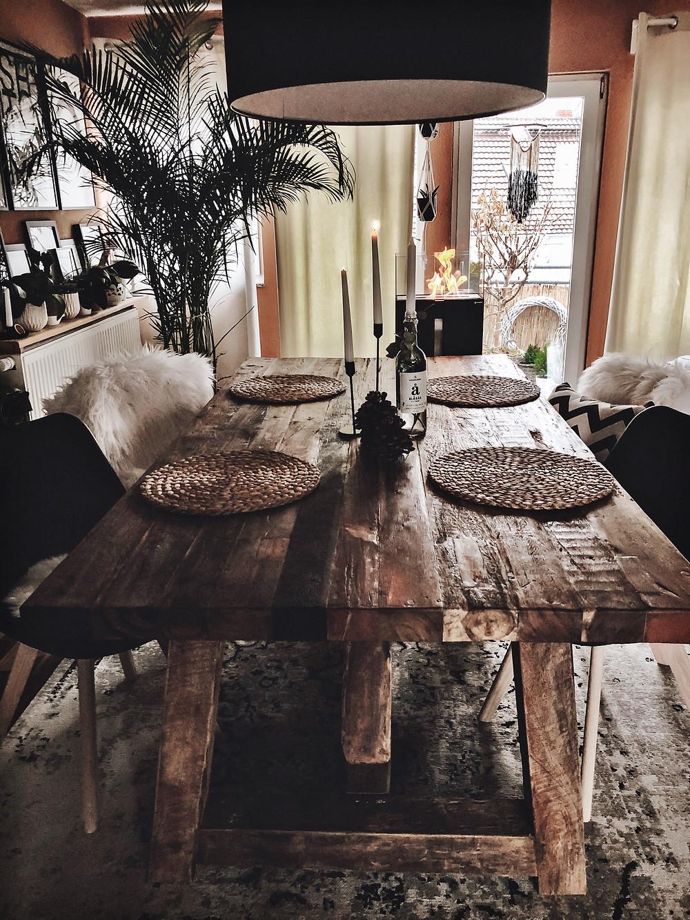 Esszimmer - Massiver Holztisch von Massivmoebel31