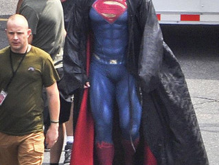 Batman V Superman Set Photo Reveals Colorful New Supersuit