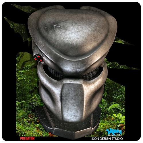 Predator - Classic Predator Life-Size Replica Mask with Stand