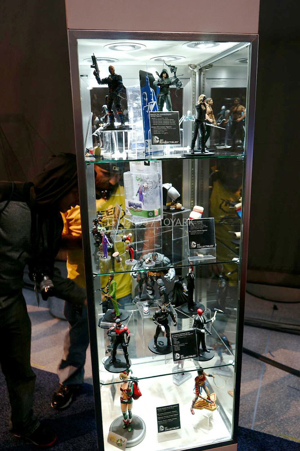 NYCC-2014-DC-Collectibles-001.jpg