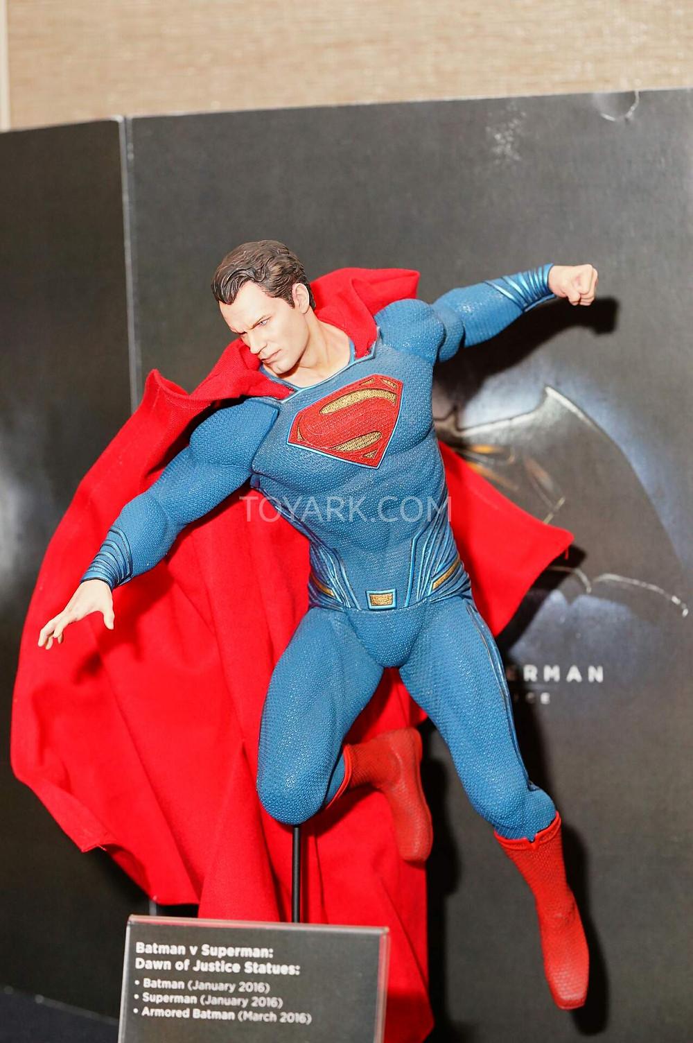 SDCC2015-DC-Collectibles-Batman-v-Superman-007.jpg