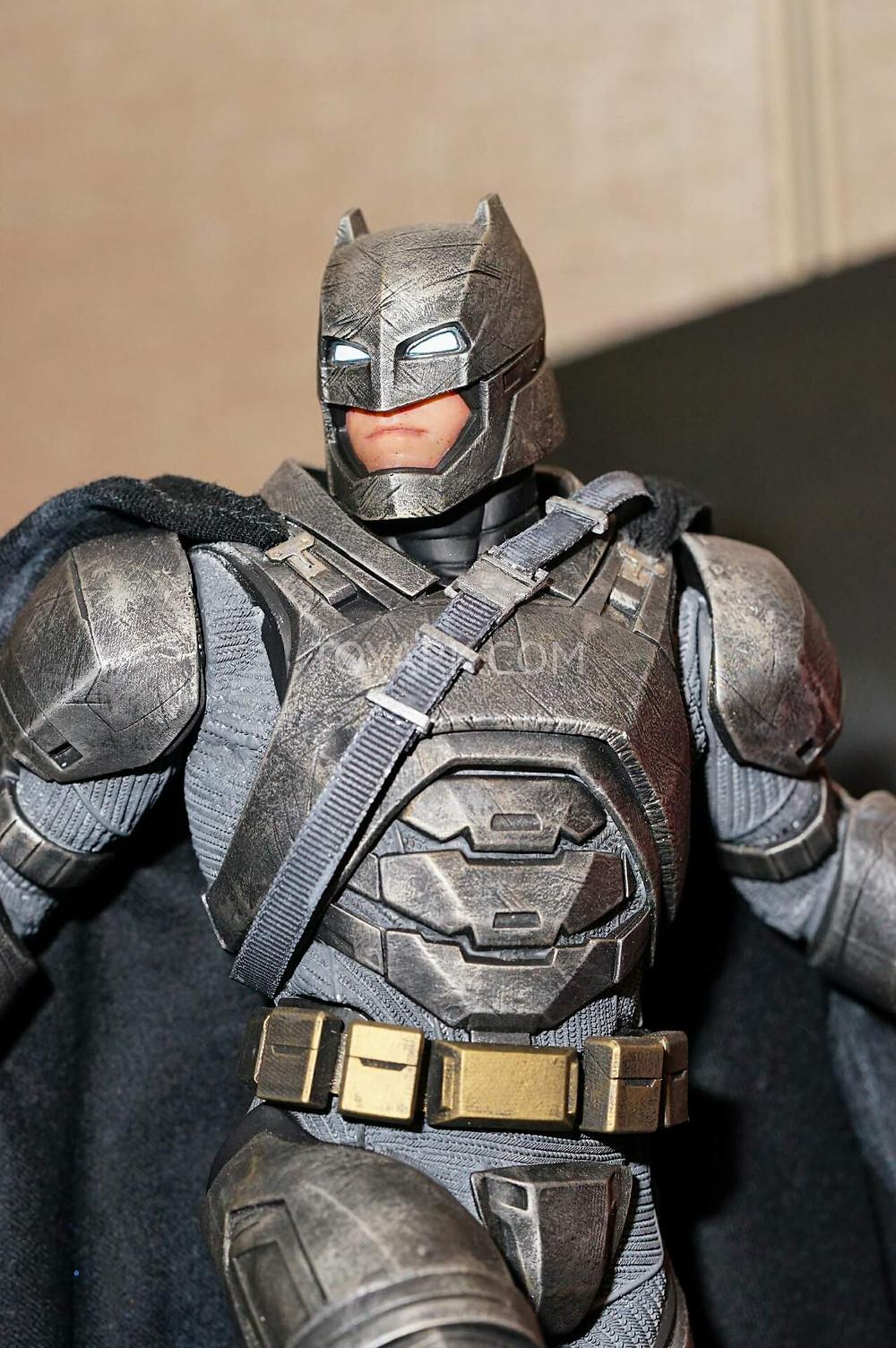 SDCC2015-DC-Collectibles-Batman-v-Superman-003.jpg