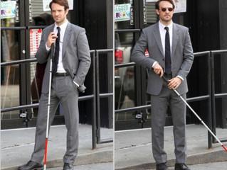 "Charlie Cox Lawyers Up as Matt Murdock in ""Daredevil"" Photos"