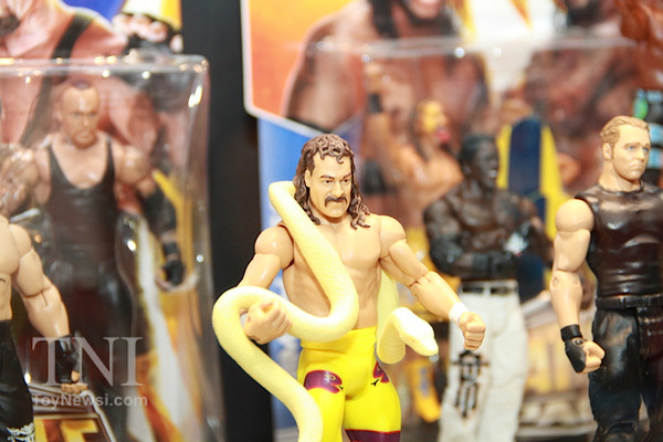 2014_SDCC_WWE_Preview_Mattel02__scaled_600.jpg