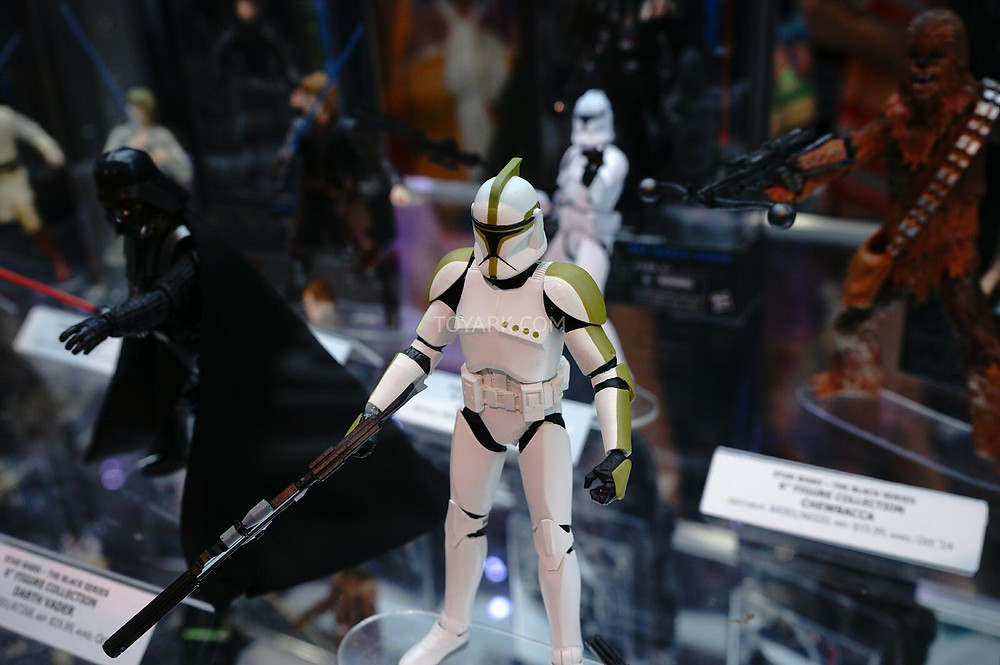 SDCC-2014-Hasbro-Friday-Star-Wars-Black-Series-012.jpg