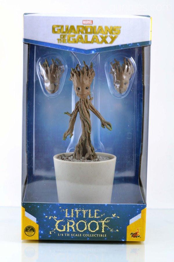 Little Groot Hot Toy.jpg