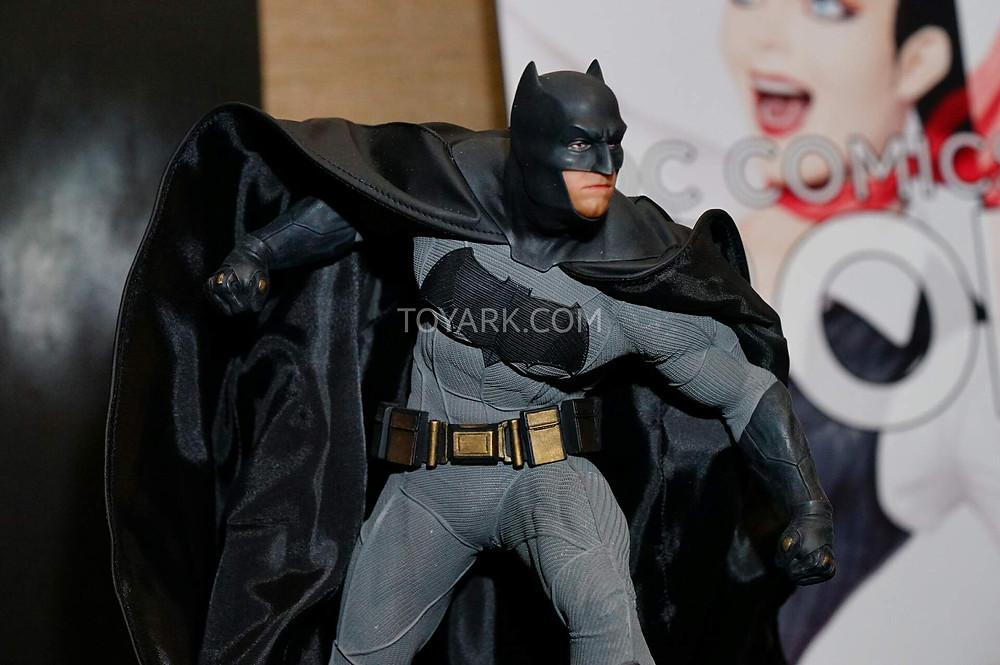 SDCC2015-DC-Collectibles-Batman-v-Superman-010.jpg