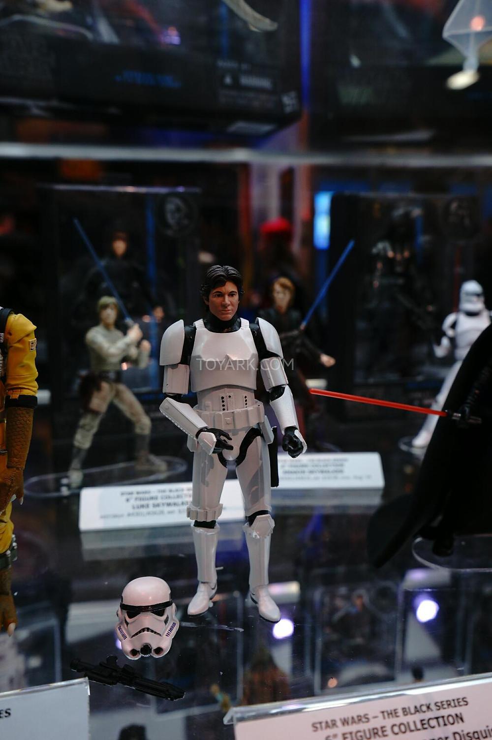 SDCC-2014-Hasbro-Friday-Star-Wars-Black-Series-005.jpg