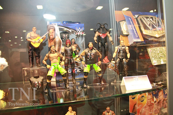 2014_SDCC_WWE_Preview_Mattel05__scaled_600.jpg