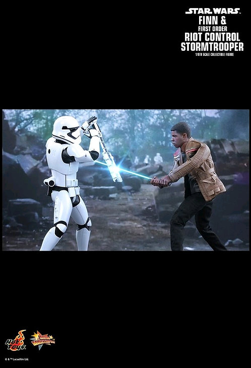 Star Wars EP 7 - Finn & Riot Control Stormtrooper