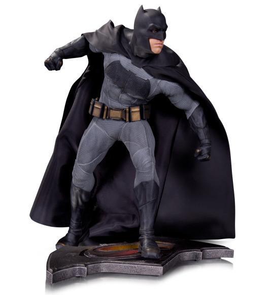 SDCC2015-DC-Collectibles-Batman-v-Superman-012.JPG