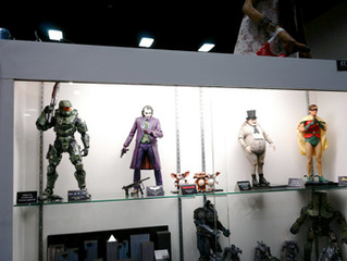 SDCC 2014 – NECA Quarter Scale Figures – Master Chief, Penguin, Robin, Joker