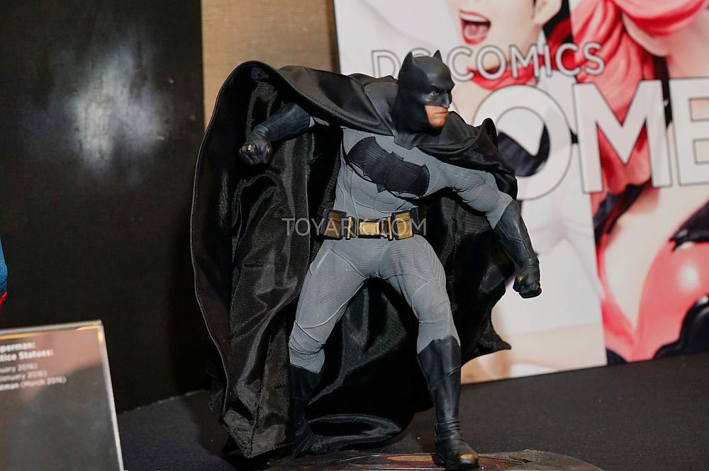 SDCC2015-DC-Collectibles-Batman-v-Superman-009.jpg