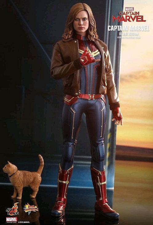 "Captain Marvel - Captain Marvel Deluxe 12"" 1:6 Scale Action Figure"