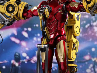 "Iron Man 2 - Mark IV with Suit-Up Gantry Diecast 12"" 1:6 Scale Action Figure"