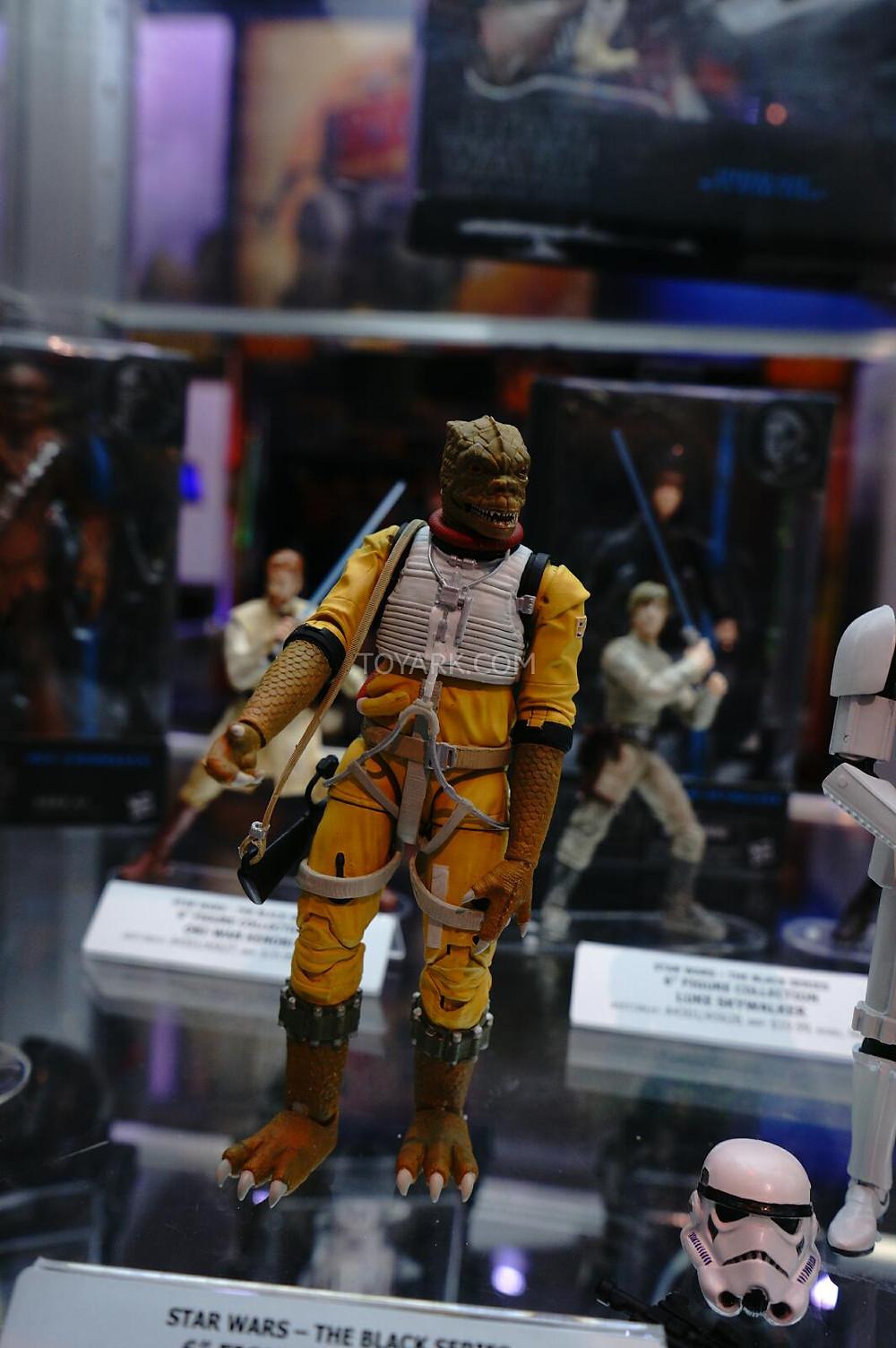 SDCC-2014-Hasbro-Friday-Star-Wars-Black-Series-002.jpg