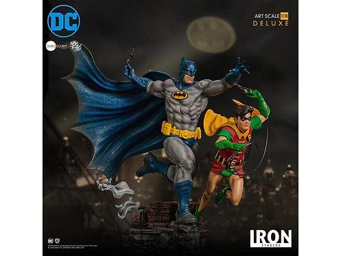 Batman - Batman & Robin Deluxe 1:10 Scale Statue