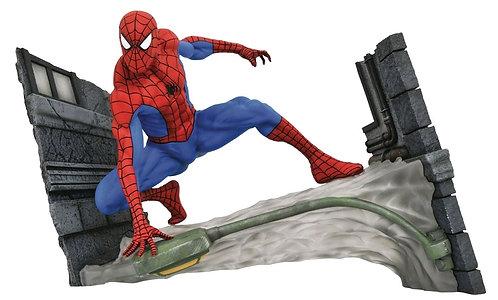 Spider-Man - Spider-Man Webbing PVC Gallery Diorama