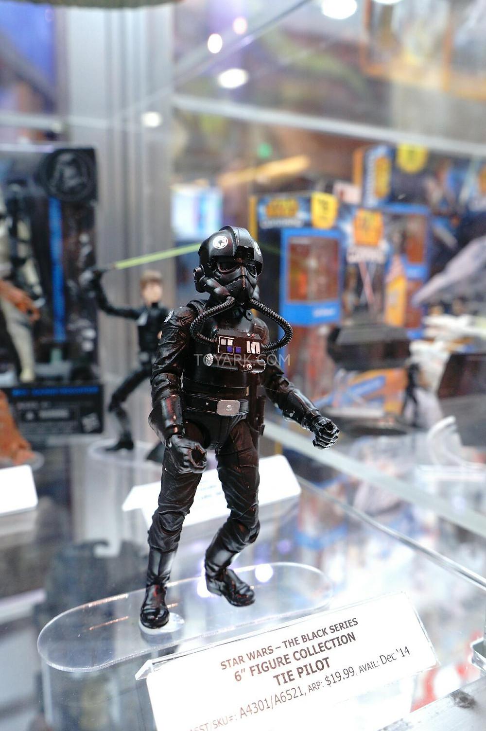 SDCC-2014-Hasbro-Friday-Star-Wars-Black-Series-014.jpg