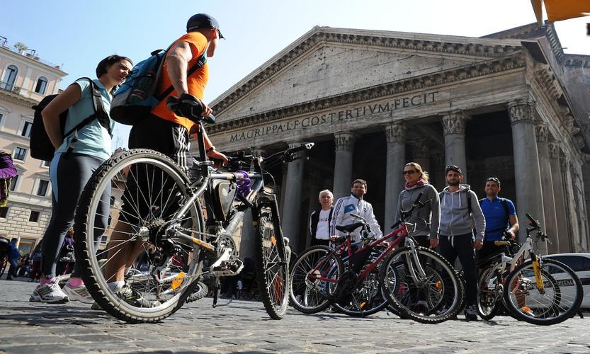 00_Bike tour.jpg