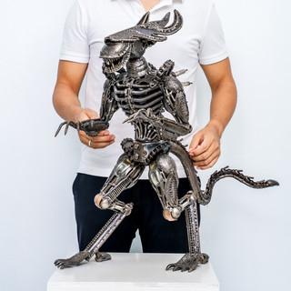 Alien metal 26 inch