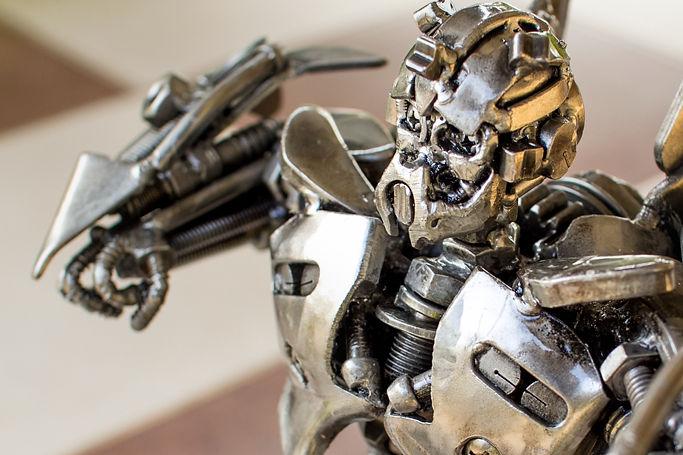 30cm Bumblebee scrap metal sculpture zoom face