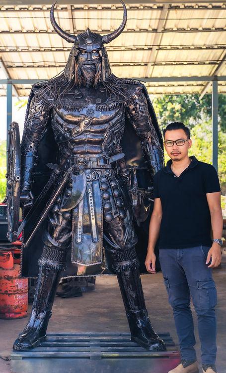 viking warrior compare size
