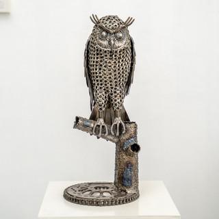 Standing Owl metal
