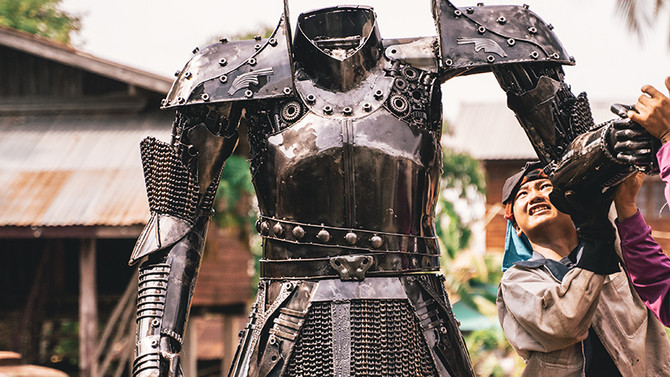 Knight warrior scrap metal artwork 2.20 meter high