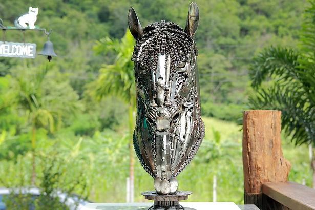 Horse head scrap metal artwork front 4