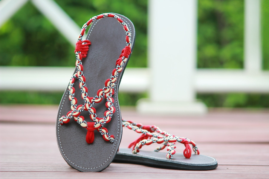 Braided sandals red white paula style