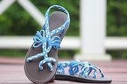 Handmade sandal abby design toe ring sandals.