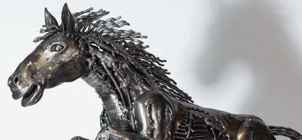 Rocket horse scrap metal art sculpture, left zoom