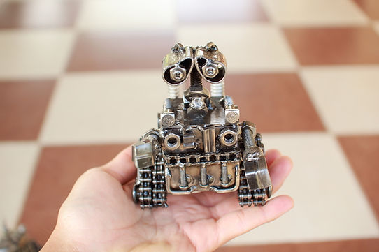 Wall e scrap metal small scale sculpture front side