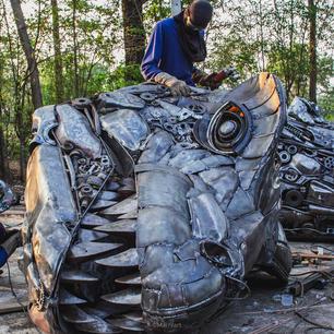 dinosaur trex scrap metal sculpture-2.jpg