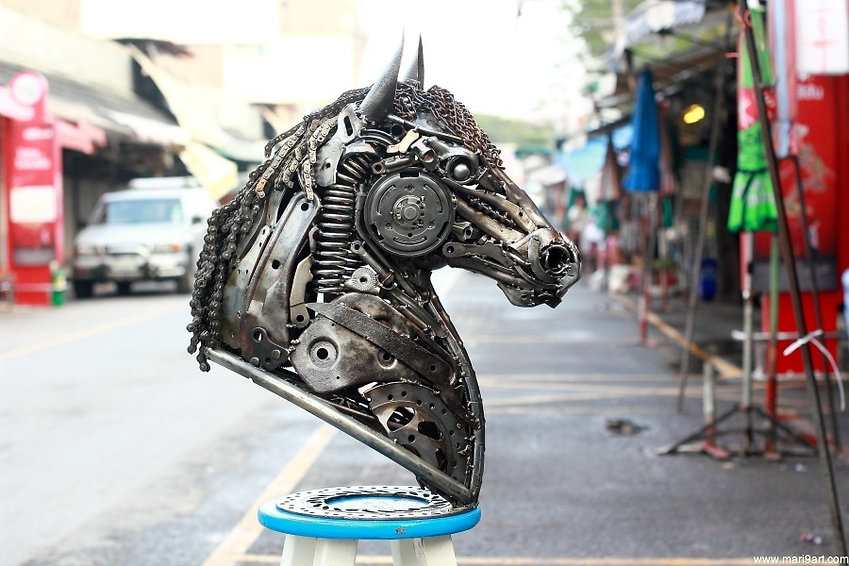 Stunning scrap metal horse head combine all recycled metal collected