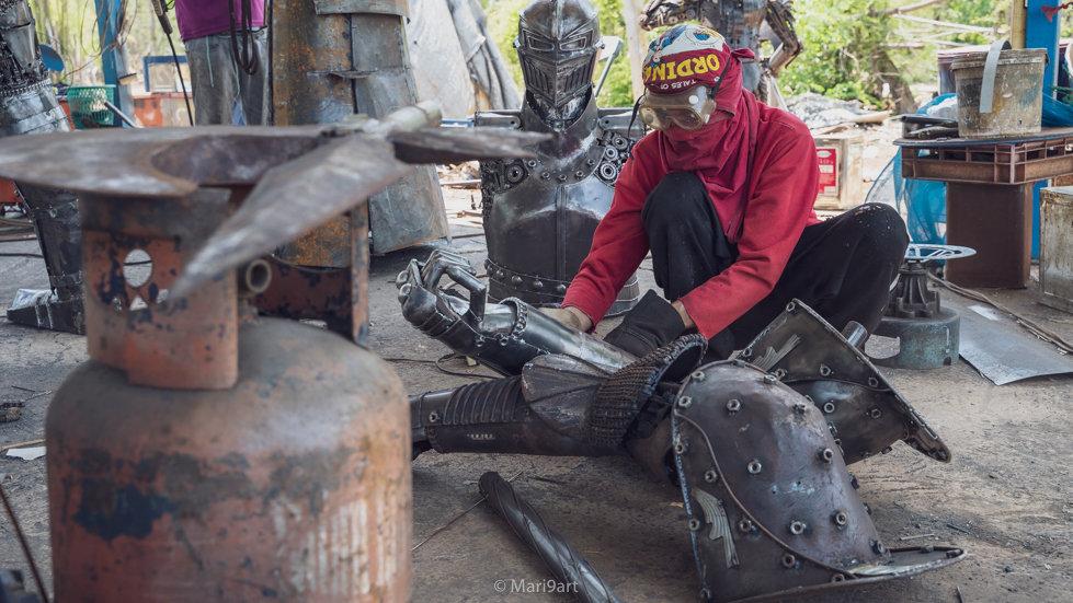 scrubbing knight warrior scrap metal artwork