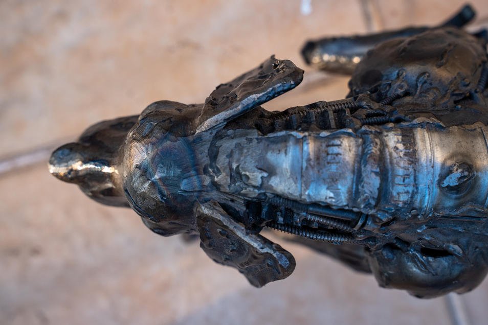 dog metal art mari9art sculpture-7.jpg