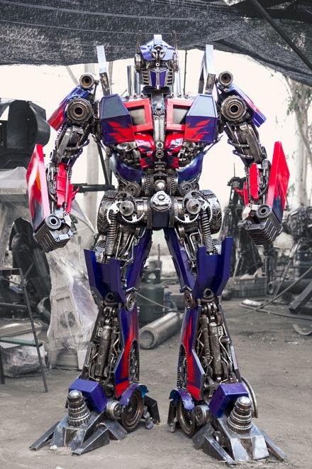 Optimus metal art from recycled scrap
