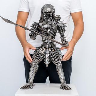 Predator metal 24 inch