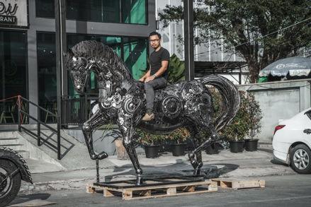 Done Horse life size scrap metal art sculpture