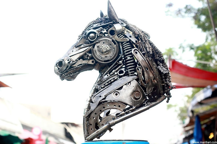 Horse metal art sculpture recycled animal artwork